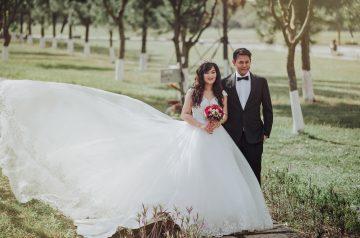 A DELIGHTFULLY DISNEY SUMMER WEDDING